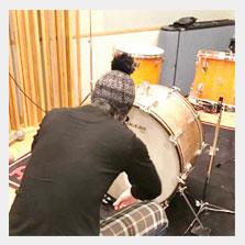 【タ】さんこんさんとドラム.jpg